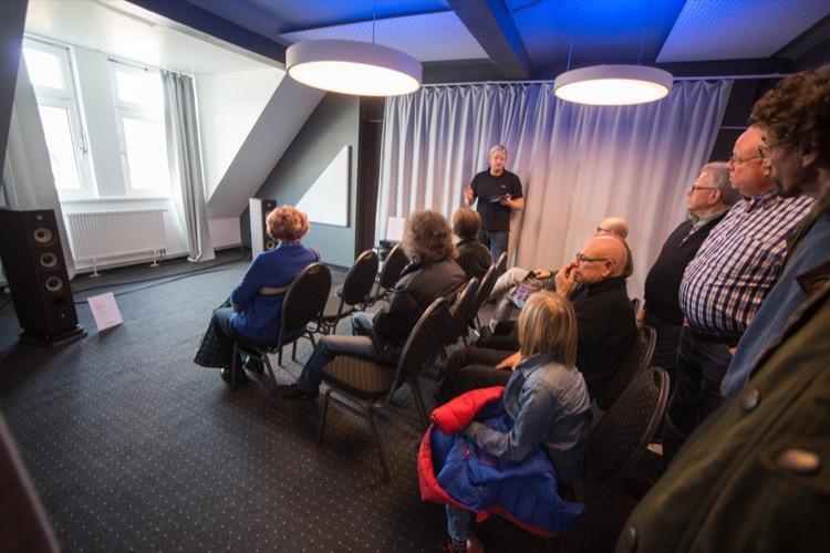 """Neuvorstellung in Raum """"Meißen"""": Naim zeigt die """"Uniti""""-Serie 2016 in Kombi mit den Focal Aria 926"""