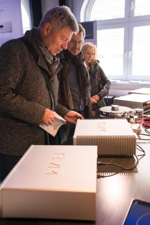 HiFi-Technik vom Feinsten gab es in der Sky Lounge von AVM zu hören