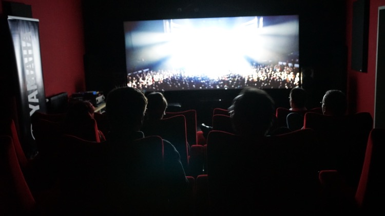 Im Kinosaal durfte JVC den neuen 4K Beamer DLA-Z1 vorführen