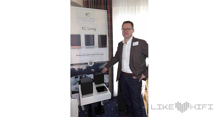 """Matthias Roth von Electrocompaniet ist ganz stolz auf die neue Lifestyle-Serie """"EC Living""""."""