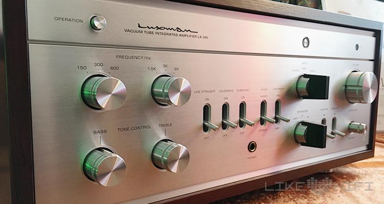 Das Gesprächsthema am IAD-Stand: der Luxman-LX-380 Röhrenvollverstärker im edlen Retro-Chic. Kommt Mitte März und wird knapp 7.000 € kosten.