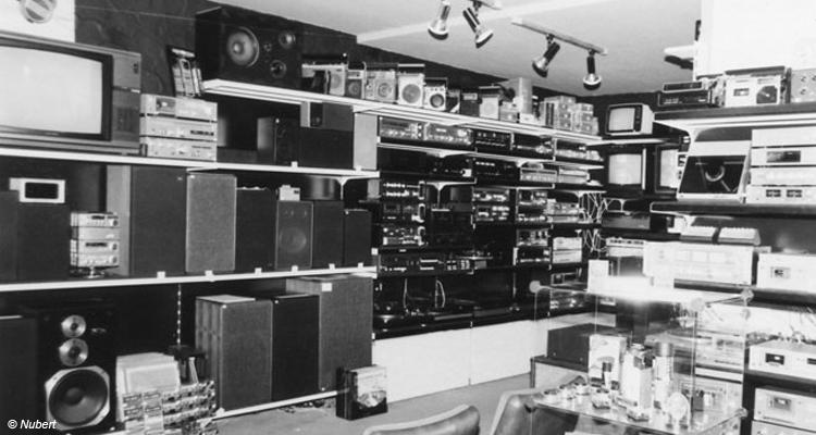 Vollgestopft mit Technik. Die Ellwangener Filiale als Mekka für Audio-Freaks