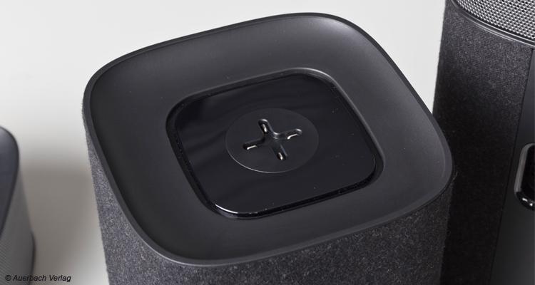 Die Ladeschale für die Rear-Lautsprecher. Genial und super gelöst!