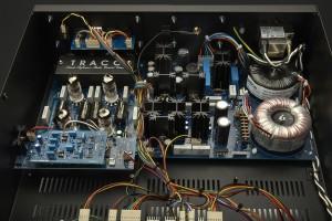 Magnum Dynalab MD809 Inside
