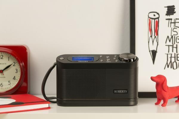 ROBERTS RADIO stream104