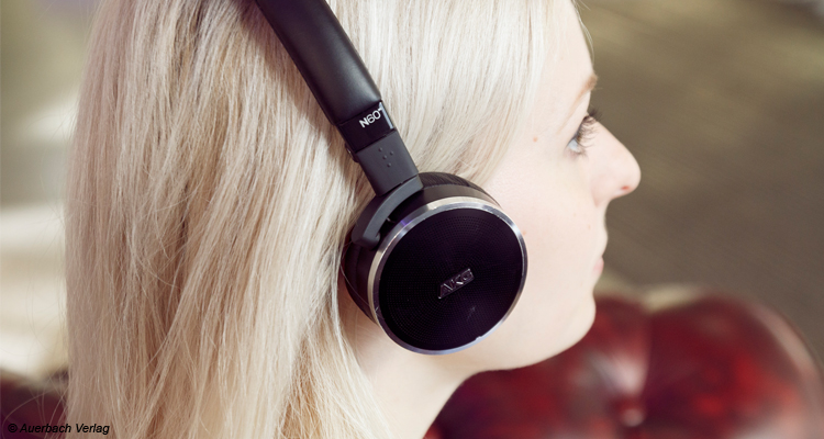 Test AKG N60 NC Kopfhörer Headphones Review Noise Cancelling HiFi