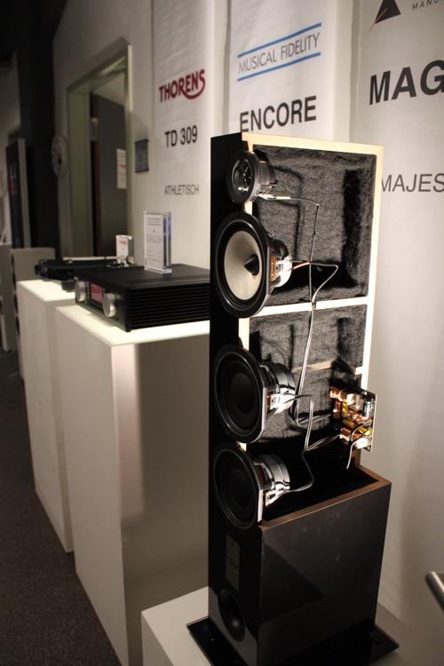Besonders interessant für Besucher ist immer das Innenleben eines Lautsprechers