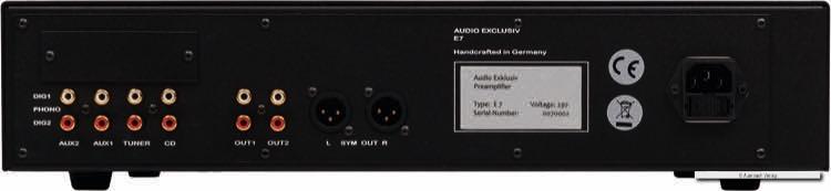 Die nötigsten Anschlüsse besitzt der E7 von Audio Exklusiv. Ob ein Plattenspieler oder ein CD-Player – alles ist möglich. Einzig ein optischer Eingang fehlt.