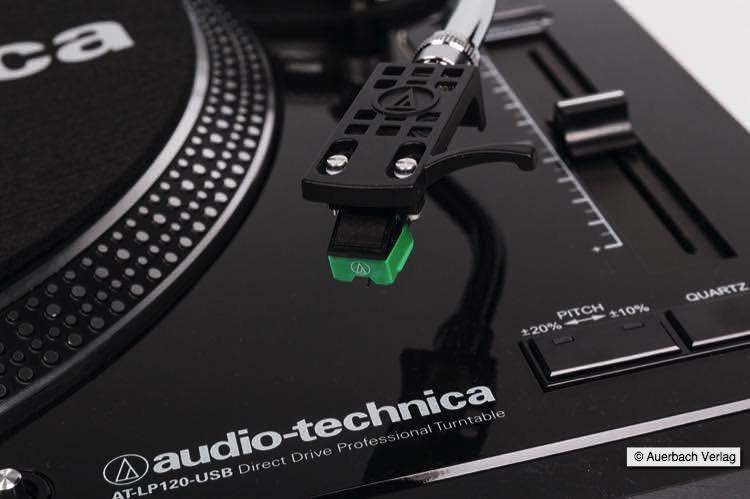 Der mitgelieferte Tonabnehmer AT95E beim LP120-USB ermöglicht einen sofortigen Start der eigenen Plattenwiedergabe
