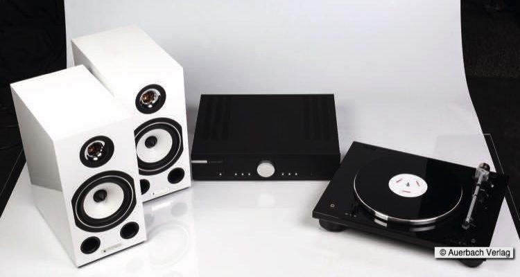 Triangle Esprit Comete EZ Lautsprecher, Musical Fidelity M3si Stereovollverstärker und Thorens Plattenspieler TD 206 im Test