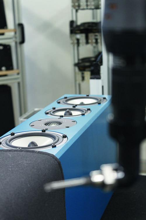 Ein neuer Inklang-Lautsprecher liegt fast fertig zur Auslieferung bereit