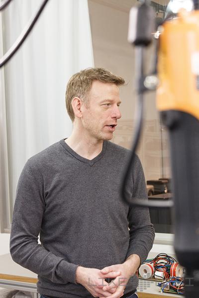 Inhaber Thomas Carstensen erklärt uns die Hintergründe von Inklang