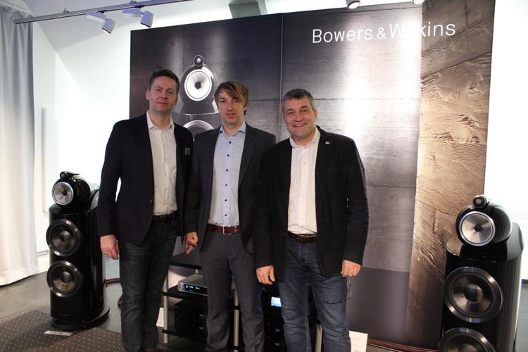 Nils Dau (Mitte) mit Matthias von Oy (links) und Ulf Soldan (rechts)