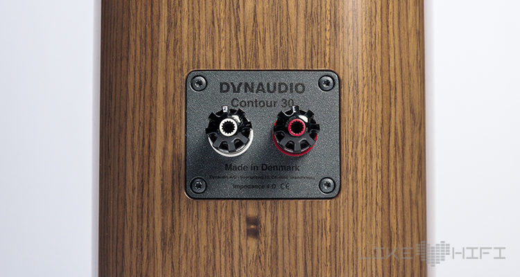 Dynaudio Contour 30 Standlautsprecher Test Review HiFi High End Speaker Lautsprecher Anschlüsse Rear Back