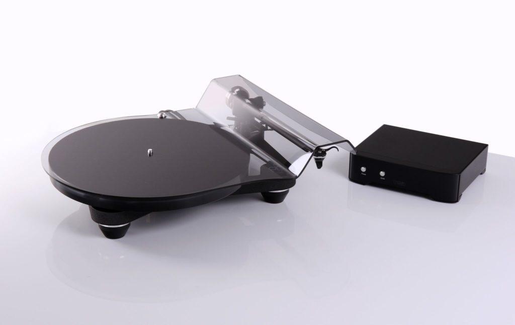 Rega Planar 8 mit Neo PSU Netzteil Plattenspieler Turntable