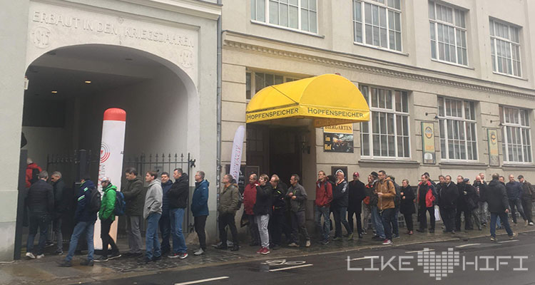 Außenansicht Gebäude Einlass MDHT 2019 Mitteldeutsche HiFi Tage Leipzig Alte Handelsdruckerei Oststrasse