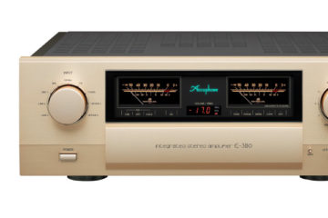 Accuphase E-380 Amp Vollverstärker Amplifier Front