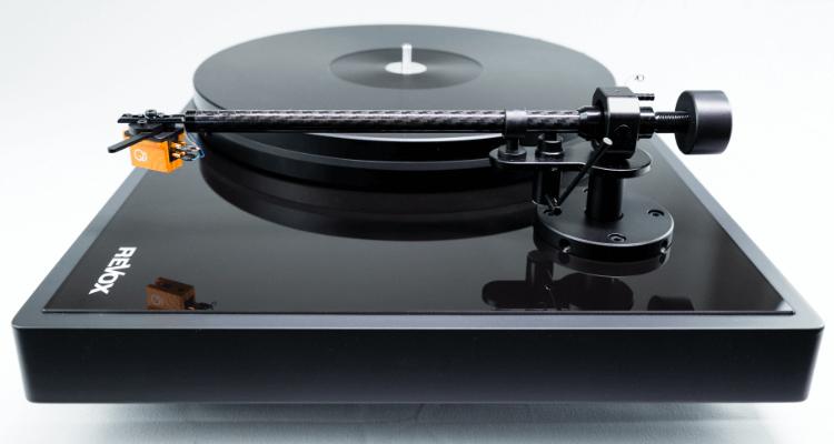 Revox Studiomaster T700 Turntable Plattenspieler Neu Test Review Hifi High End Tonarm
