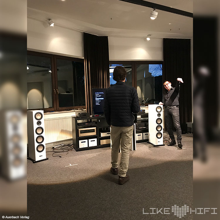 Canton Lautsprecher Vor Ort Besuch Weilrod Showroom Hörraum Entwicklung Speaker Produktion Weilrod Taunus Göbl Frank