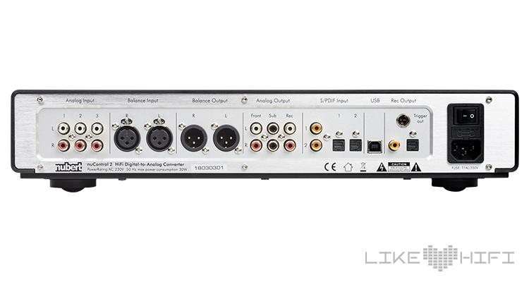 Test Review Nubert nuControl 2 Vorverstärker Stereo Klangmanager Anschlüsse Rear