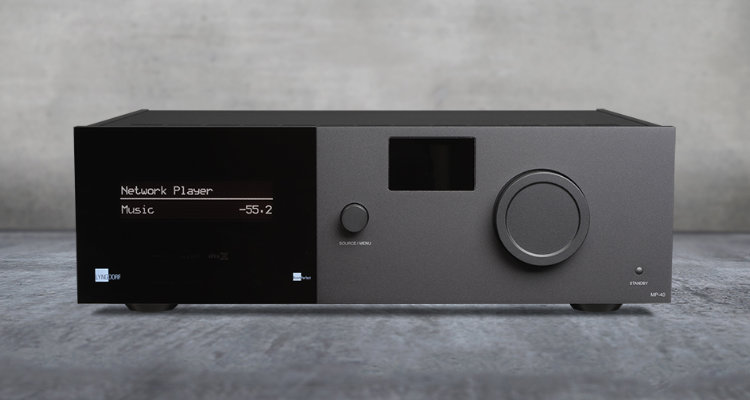 Lyngdorf Audio MP-40 Front Display News Test Review