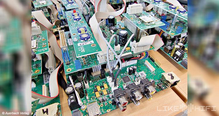 Lyravox Soundmaster Lautsprecher Speaker High End Vor Ort Hamburg Showroom Hörraum Aktivlautsprecher Active Elektronik Chip