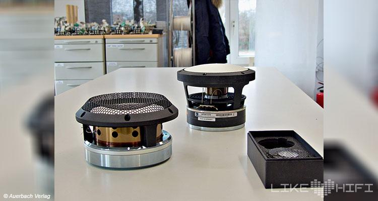 Lyravox Soundmaster Lautsprecher Speaker High End Vor Ort Hamburg Showroom Hörraum Aktivlautsprecher Active Accuton Treiber