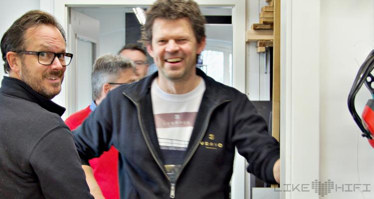 Lyravox Lautsprecher Vor Ort Besuch Hamburg Wilhelmsburg Showroom Hörraum Aktivlautsprecher Laffert Wietschorke Geschäftsführer CEO