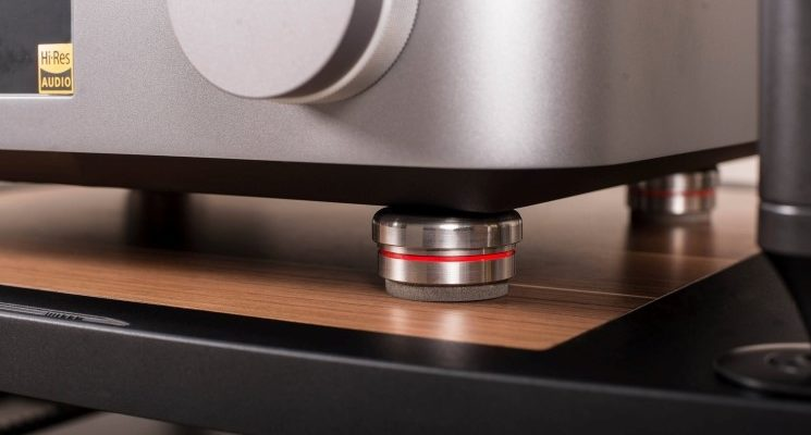 Bassocontinuo Ultra Feet Foot Gerätefüße Under Unit Audio Reference Hifi Tuning News Test