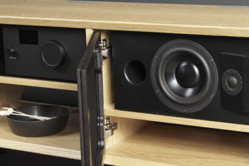 Lyngdorf Audio CS-1 Lautsprecher Regal Kompakt News Test Review