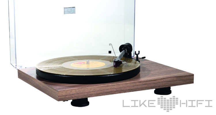 Pro-Ject Debut Carbon EVO Plattenspieler Turntable Hifi Review Test