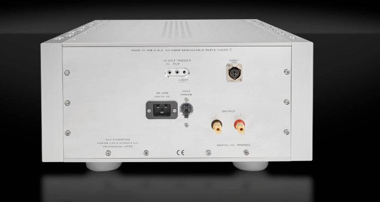 Dan D'Agostino Progression M550 Anschlüsse Rückseite Amp Amplifier News Test Review