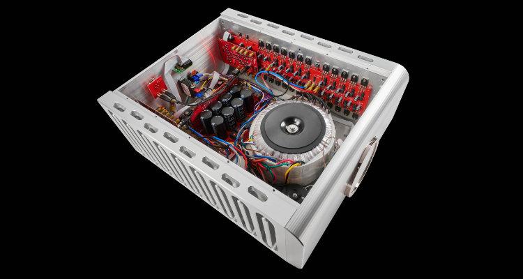 Dan D'Agostino Progression M550 Blick ins Innere Amp Amplifier News Test Review