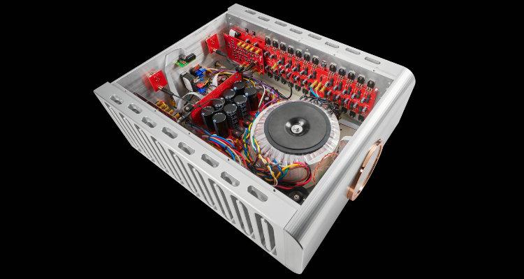 Dan D'Agostino Progression S350 Amp Amplifier News Test Review Blick ins Innere