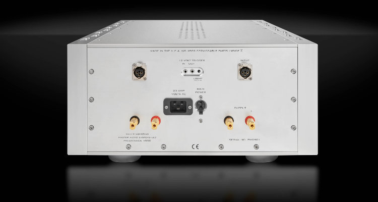 Dan D'Agostino Progression S350 Rückseite mit Anschlüssen Amp Amplifier News Test Review