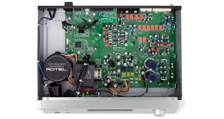 RC-1572MKII Innenansicht Rotel Anschlüsse Vorverstärker Amp Preamp