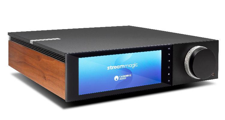 Cambridge Evo 75 Amp Verstärker Player News Test Review