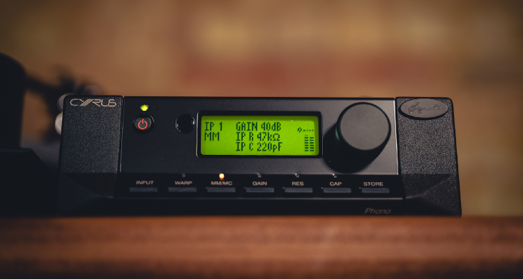 Cyrus Phono Signature Phonovorverstärker Amp Phonostufe News Test Review kaufen