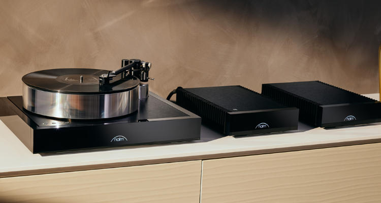 Naim Solstice Plattenspieler Turntable Special Edition Package News Test Review