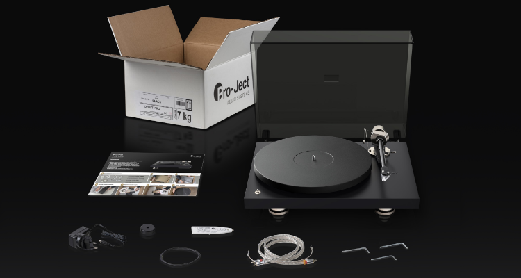 Pro-Ject Debut PRO Plattenspieler Turntable 30 Jahre Pro-Ject News Test Review