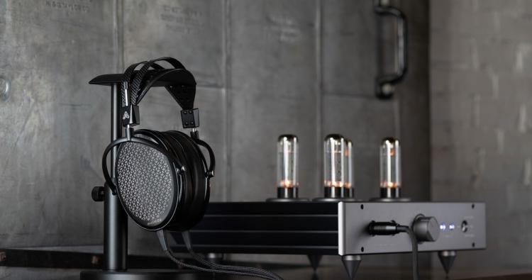 Audeze CRBN: elektrostatischer HiFi Kopfhörer der Luxusklasse