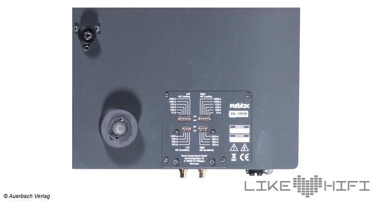 Test Revox Studiomaster T700 Plattenspieler Turntable High End HiFi Review Testbericht Unterseite