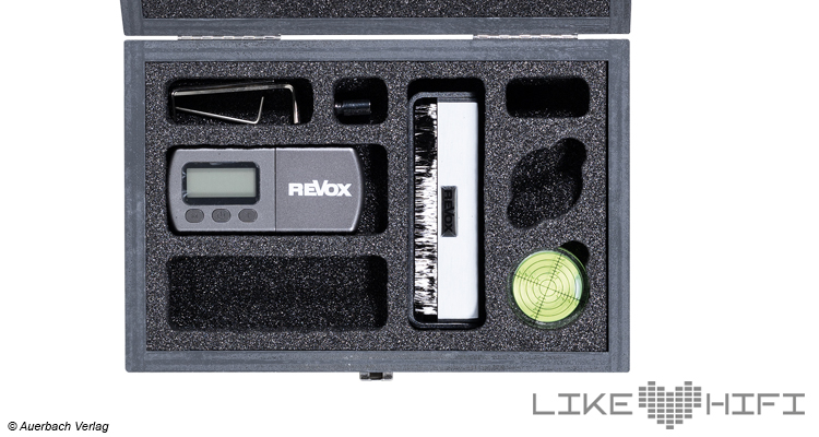 Test Revox Studiomaster T700 Plattenspieler Turntable High End HiFi Review Testbericht Zubehör